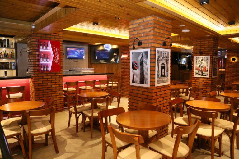 Pub a venda na região Continental de Florianópolis.